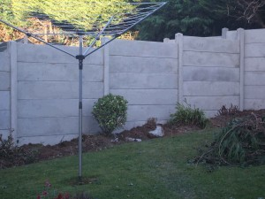 6-gravel-boards-high-concrete-fencing-003-300x225